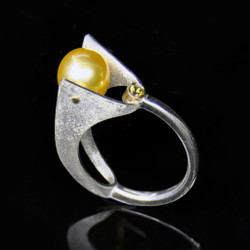 Holding On Ring, Contemporary Jewelry by Maressa Tosto Merwarth