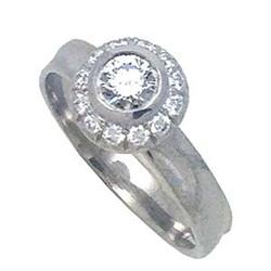 Ice Diamond Ring from K.Mita featuring a 0.32ct Center Diamond (SI1GH)