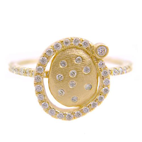 Huan Wang's Marigold Diamond Chip Ring | Yellow Gold | Diamonds
