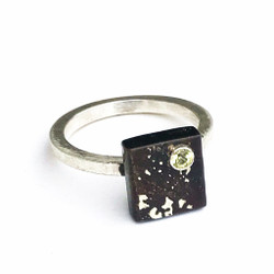 Mini Cube Ring from Vivasmith | Steel fused with Fine Gold and Fine Silver | Yellow Sapphire