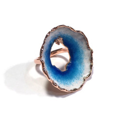 Oyster Ring   Cascade Blue and White Glass Enamel   Art Jewelry by Cheryl Eve Acosta