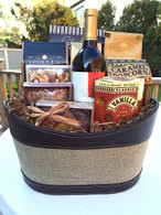 Wine & Snacks Gift Basket