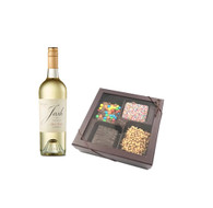 Josh Pinot Grigio w/Chocolate Graham Crackers