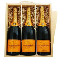 Triple Veuve Clicquot Brut Crate