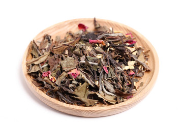 premium white tea with rose and jasmine buds