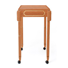 MC Performer Table by Mikame