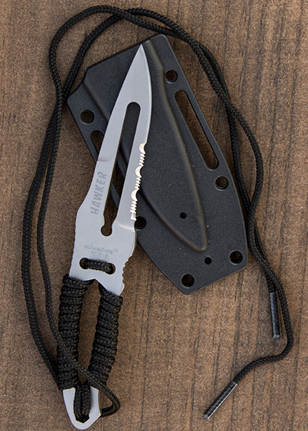 Paracord Survival Knife