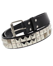 Studded belt. Two row pyramid.