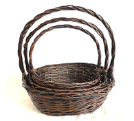 """Set of 3 Oval willow baskets with a handle L: 18""""x14""""x6""""Hx18""""OH, M: 16""""x12""""x5""""Hx16""""OH, S: 14""""x10""""x4""""x14""""OH"""