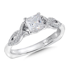 Valina Princess Cut Criss Cross Engagement Ring RQ9419W
