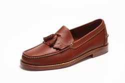 Men's Handsewn Tassel Kilt Loafer, with Natural Leather Outsole, Brown