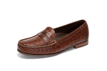 Women's handsewn comfort penny loafer in croco leather.