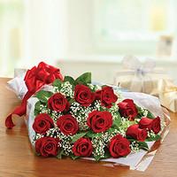 Dozen Rose Presentation Bouquet