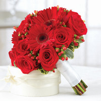 All Red Bridemaid Bouquet