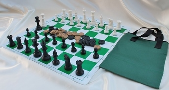 plastic-chess-checkers-set-with-chess-board-and-tote-bag-4.jpg