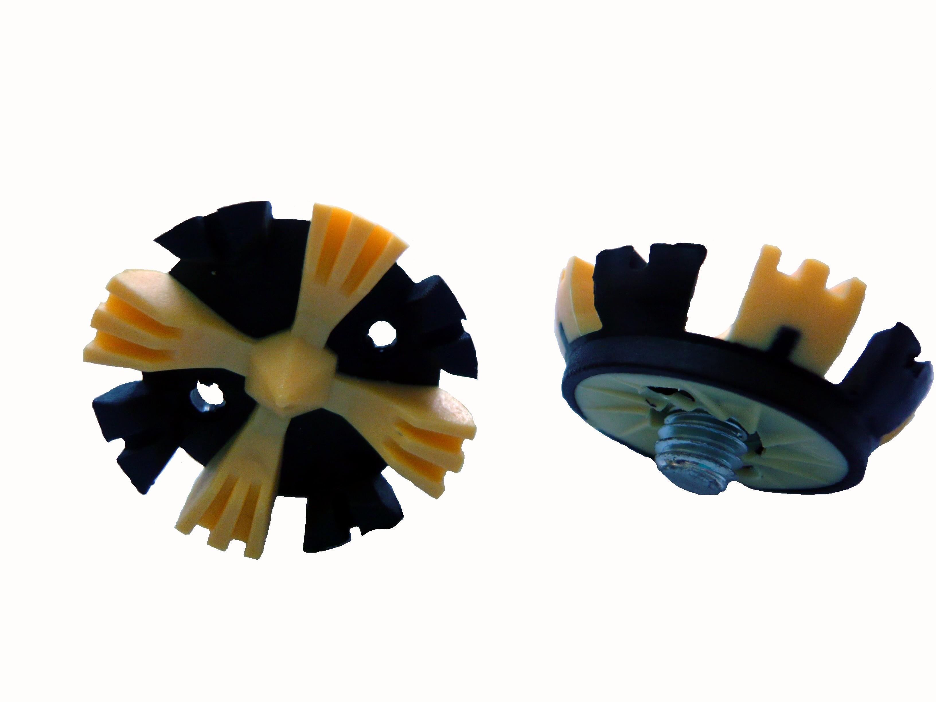 crampons-plastiques.jpg