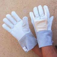 Impacto BG690 Anti Vibration Full Ringer Air Gloves. Shop Now!