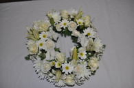 Wonderful white wreath
