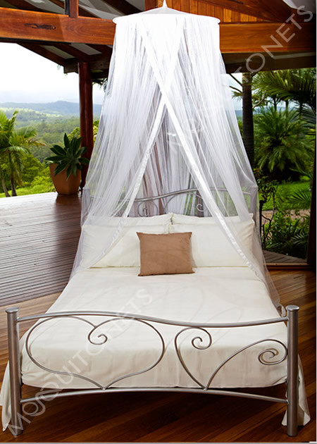 Polyester round mosquito net with 65cm ceiling