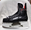 BAUER VAPOR X300 JUNIOR HOCKEY SKATES - S17 Composite quarters Microfibre liner 2-piece felt tongue Tuuk Lightspeed Pro blade holder with Tuuk runner Sizes : 1 to 5