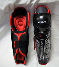 CCM Jetspeed FT350 Junior Hockey Shin Guards  Construction: Lightweight Shell Design and Hinge System - Hinge system for improved mobility and protection Calf Guard: PE Foam with Laminated abrics - Good protection Knee / Shin Caps: Anatomical Shin Caps with Vented Knee Cap - Lightweight protection Thigh: PE Foam - High level protection Attachment: Nylon Upper Lock Strap and Wide Elastic Calf Strap - Comfortable and easily adjustable Liner: PE Foam / Removable Liner - Custom fit, easy maintenance and good level protection