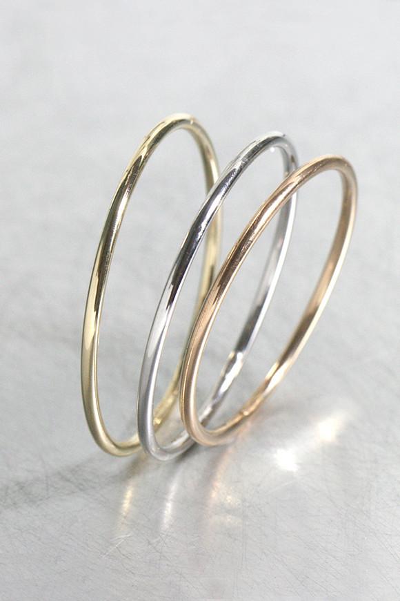 14k Simple Gold Bangle Bracelet from kellinsilver.com