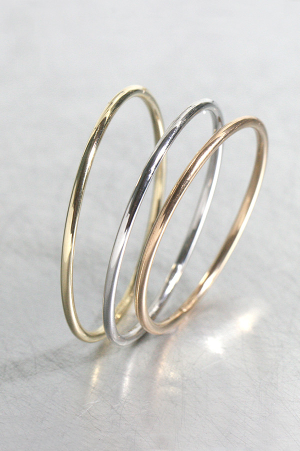 14k Simple Gold Bangle Bracelet - kellinsilver.com