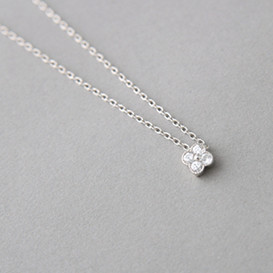 Cubic Zirconia Daisy Necklace Sterling Silver