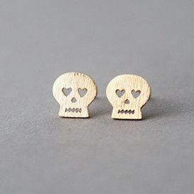 Blushed Gold Heart Eyes Skull Stud Earrings