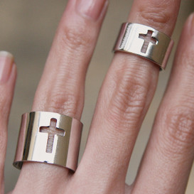 White Gold Cross Knuckle Rings Set of 2 from kellinsilver.com