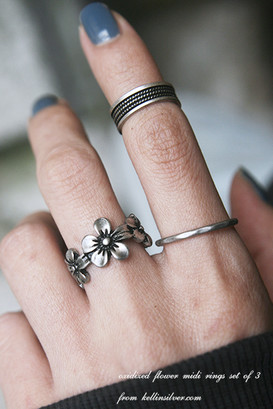 Oxidized Jewelry Flower Midi Rings Set of 3 from kellinsilver.com