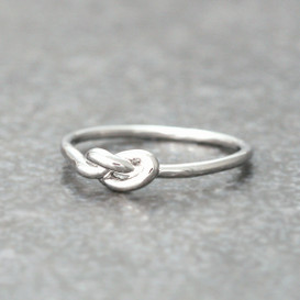 Thin Love Knot Ring White Gold Promise ring from kellinsilver.com