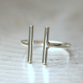 Sterling Silver Parallel Bar Ring White Gold from kellinsilver.com