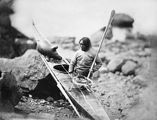 314px-captain-edward-augustus-inglefield-national-maritime-museum-inuit-man-with-a-kayak-pd-edit3.jpg