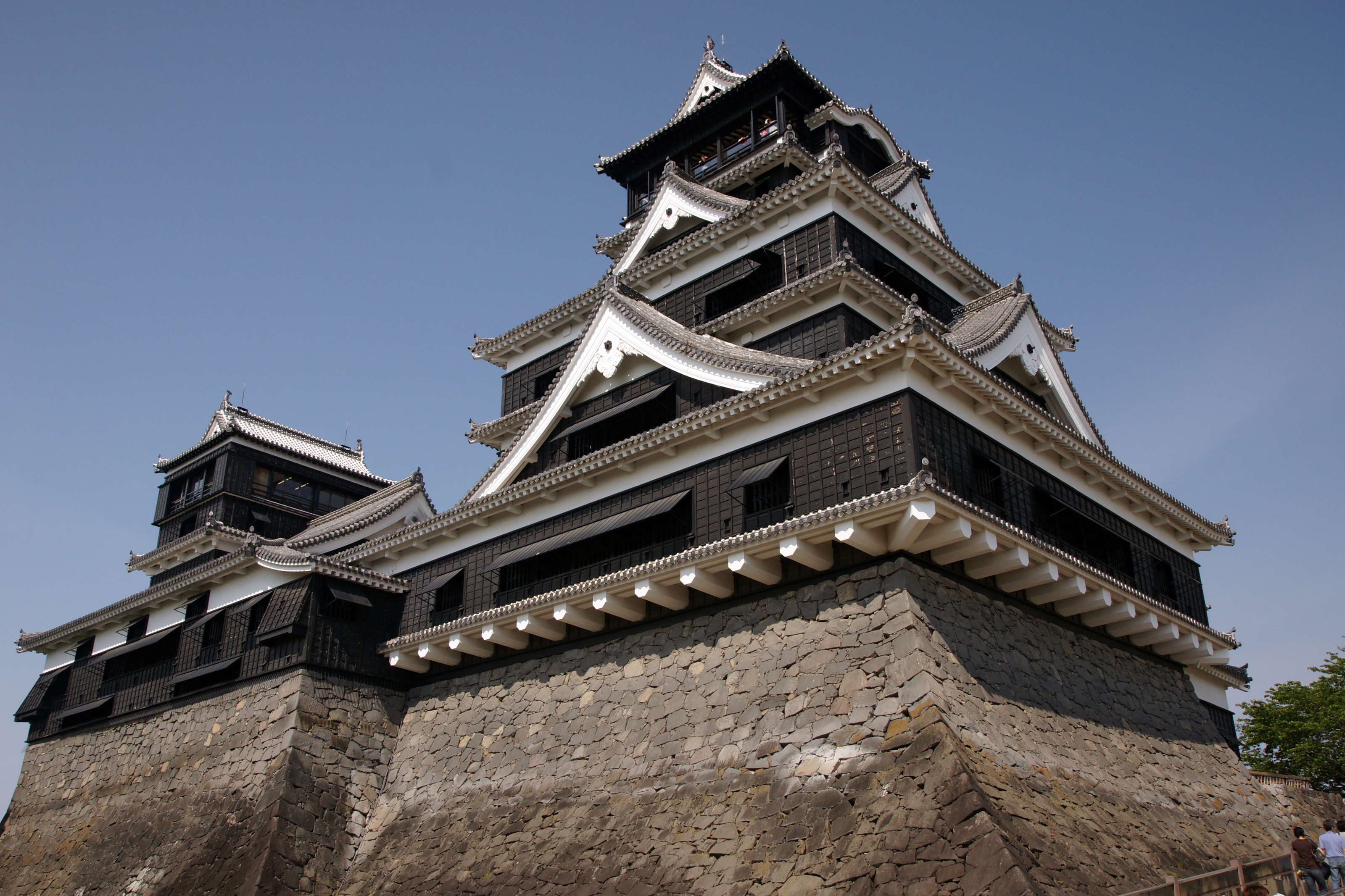kumamoto-castle-05n3200.jpg