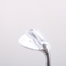 Mizuno S18 White Satin Gap Wedge 52 Deg 52.09 Dynamic Gold Right-Handed 72133G