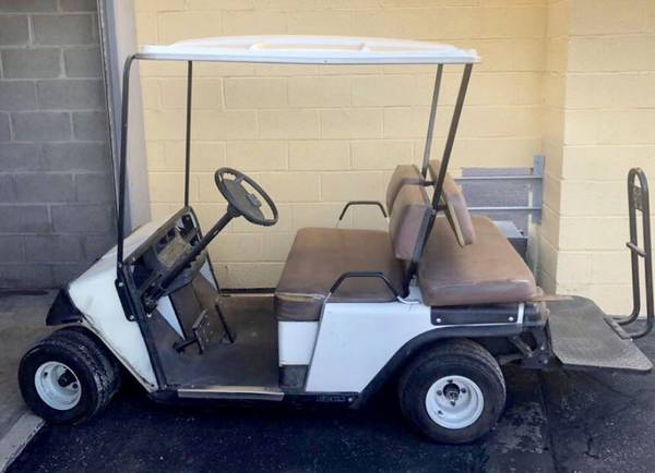 700-used-golf-cart-gcts.jpg