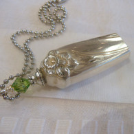 ANGEL BELL NECKLACE Swarovski Light Green 1950 Daffodil Necklace 1297
