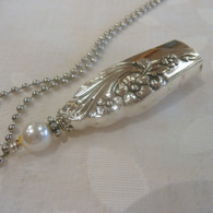 ANGEL BELL NECKLACE  Swarovski Pearl 1950 Evening Star 503