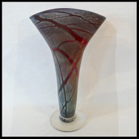 ART OF FIRE GLASS Red Luster Fan Vase 1