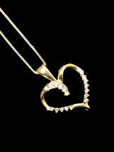 10K gold 0.13ct Diamonds Heart With Chain