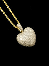 10K Gold 0.79ct Diamonds Heart With Chain