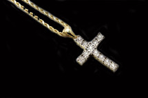 10K GOLD 0.15CT DIAMONDS CROSS