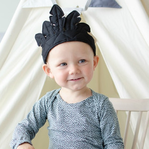Feather Crown 'Black' by Oskar & Ellen