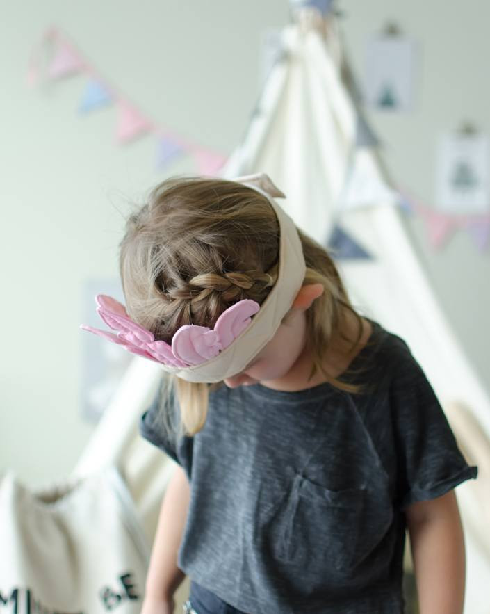 Pretend Play Feather Crown 'Pink/Beige' by Oskar & Ellen