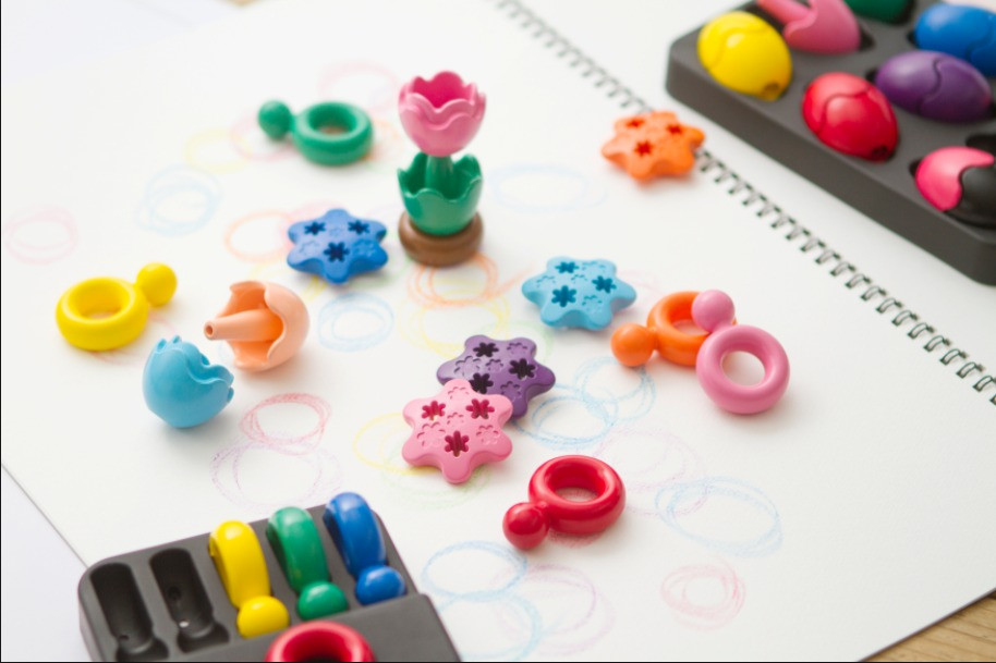 Primomo-Non-Toxic-Crayons-Flowers-with-Ring-and-egg