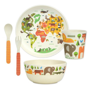 bamboo-childrens-dinner-set-world-petit-collage