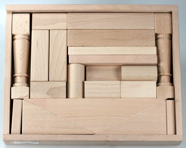 Domizel-24-Piece-Wooden-Toy-Block-Set-Noblesse-boxed