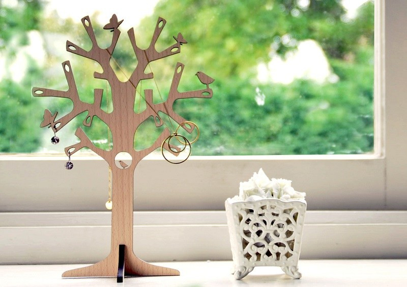 newbies-jewellery-tree-A4-size-ls
