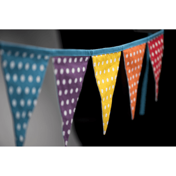 reversible-bunting-rainbow-spots-and-clouds